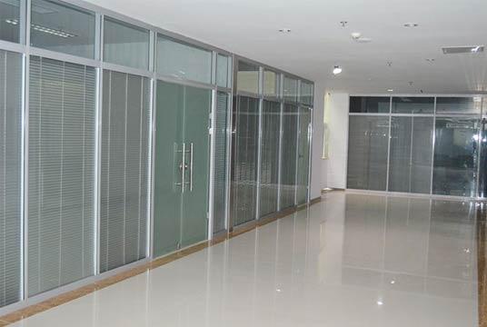 展馆玻璃隔断方案